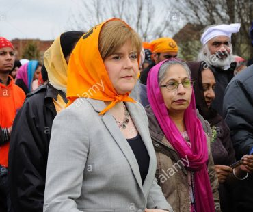 nicola-sturgeon-deputy-first-minister-of-scotland-joins-sikhs-in-celebration-D7BBJ2